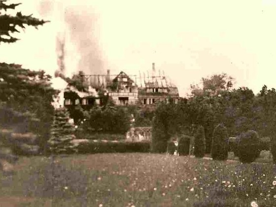 1929 - das Haupthaus brennt total ab
