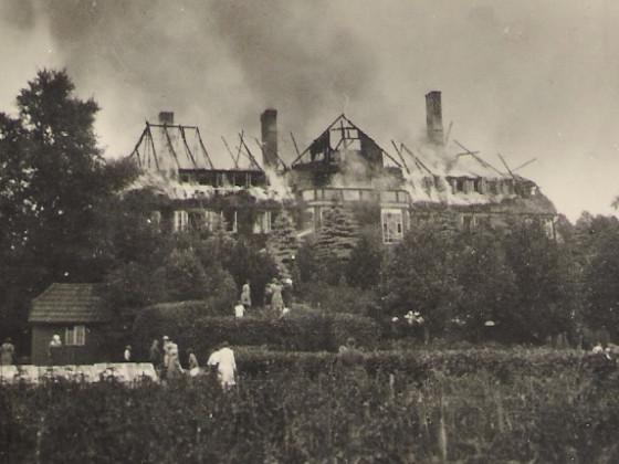 1929 - Hauptgeb. brennt.